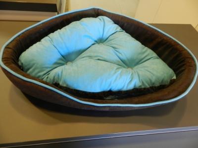 Dog One 3teiliges Set Tasche-Korb-Kissen