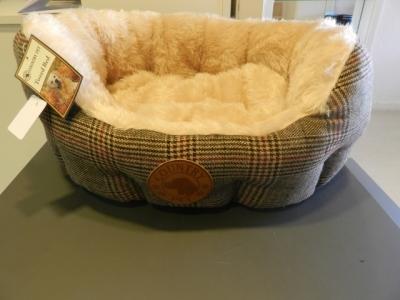 Hundebett Luxury Tweed handgefertigt