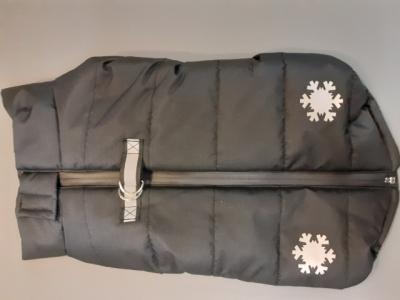 Winterjacke Schneeflocke mit Geschirr und Reflektor